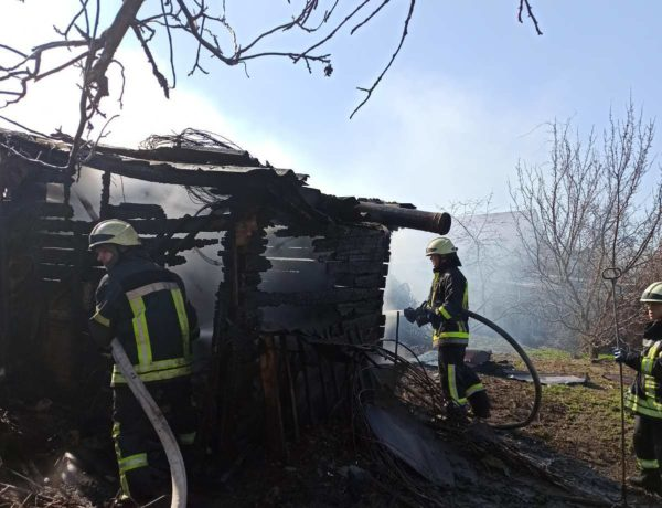 Произошли пожары в частных домах на Соборной площади и в Войновке