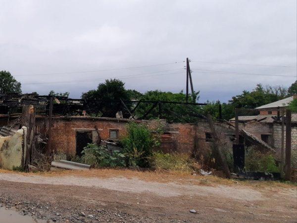 В Александрийском районе за день сгорело 12 хозяйственных построек