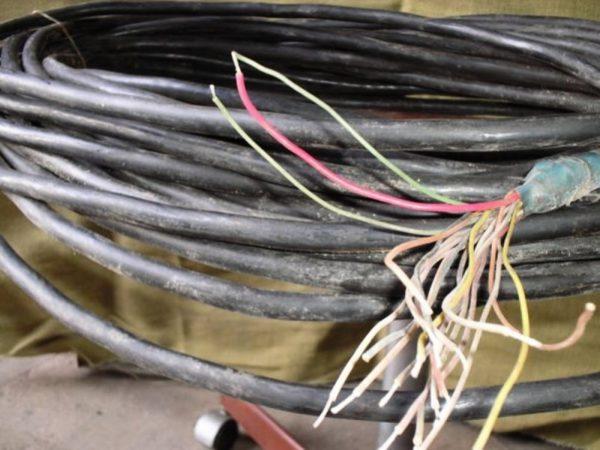 Александрийца подозревают в серии краж кабеля связи на сумму около 142 тыс. грн
