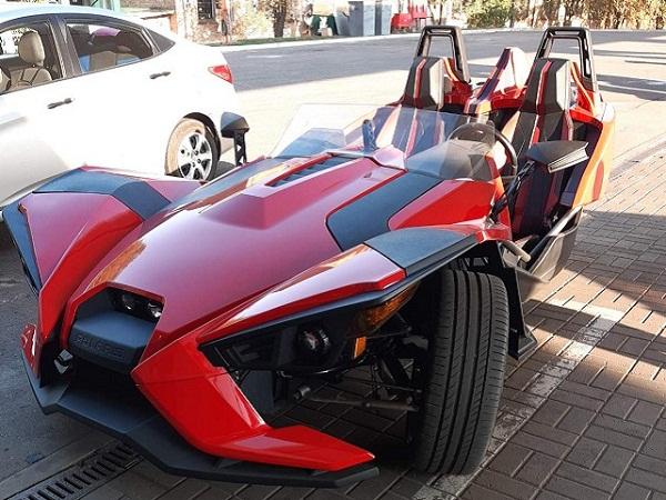В Александрии заметили необычный автомобиль