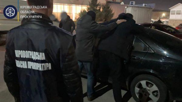 В Кировоградской области задержали чиновника на получении 1000 долларов взятки (ФОТО/ВИДЕО)