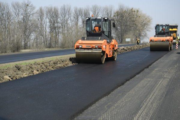 В Кировоградской области отремонтируют вдвое больше километров дорог, чем в прошлом году