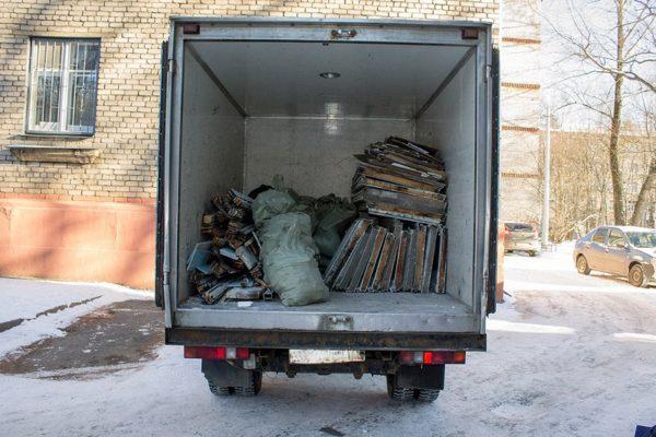Сколько стоит вывезти строительный мусор в Александрии. Номера телефонов предприятий