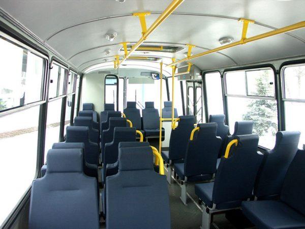 В Александрийском районе с одним из автобусных перевозчиков досрочно расторгли договор