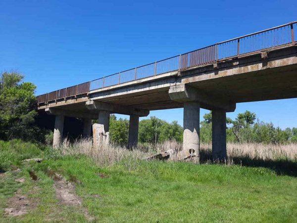 В Александрийском районе ремонтируют мост и путепровод (ФОТО)