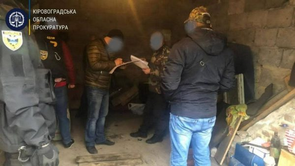 Работникам локомотивного депо сообщили о подозрении в хищении топлива «Укрзалізниці» на сумму более 200 тыс. грн