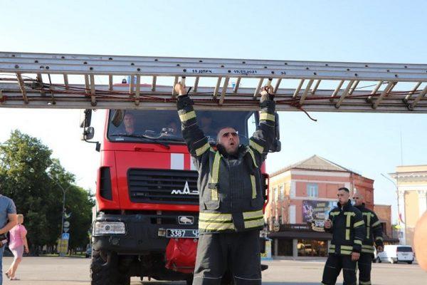 Александрийские спасатели установили рекорд Украины (ФОТО)