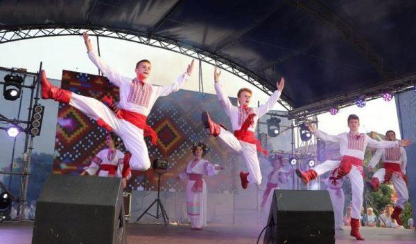 В Александрии День молодежи отметили квестом, дефиле и дискотекой (ФОТО)