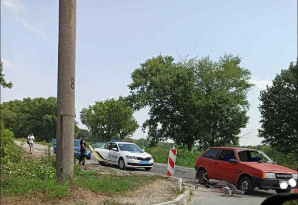 В Александрии в микрорайоне «Победа» произошло ДТП с участием легковушки и велосипеда
