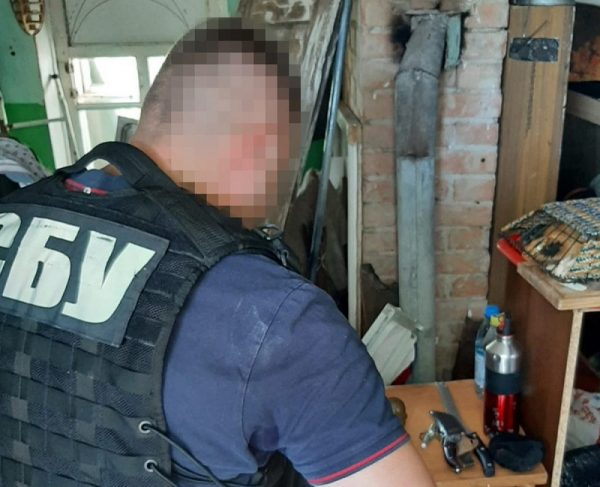В Кировоградской области задержали лидера преступной группировки, которая продавала боевые гранаты (ФОТО)