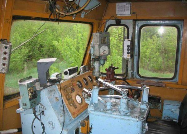 На Кировоградщине удалось остановить поезд, во время управления которым умер машинист