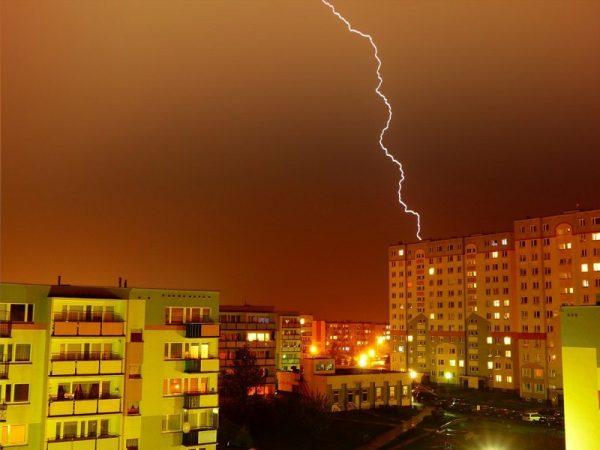 Синоптики предупреждают жителей Кировоградской области о дожде, грозе и граде