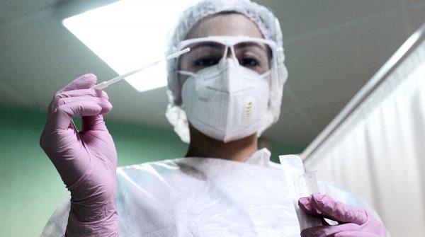 В Александрии за вчера прибавилось 2 больных коронавирусом и 7 больных пневмонией. 5 человек на ИВЛ